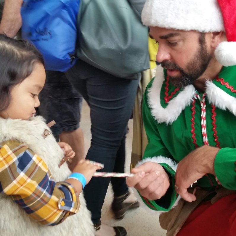 mfm-christmas-santa's-helper